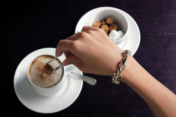 runningrabbit_bracelet_brass_04