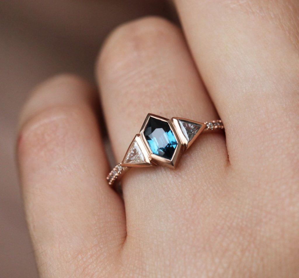 blue sapphire & diamond engagement ring