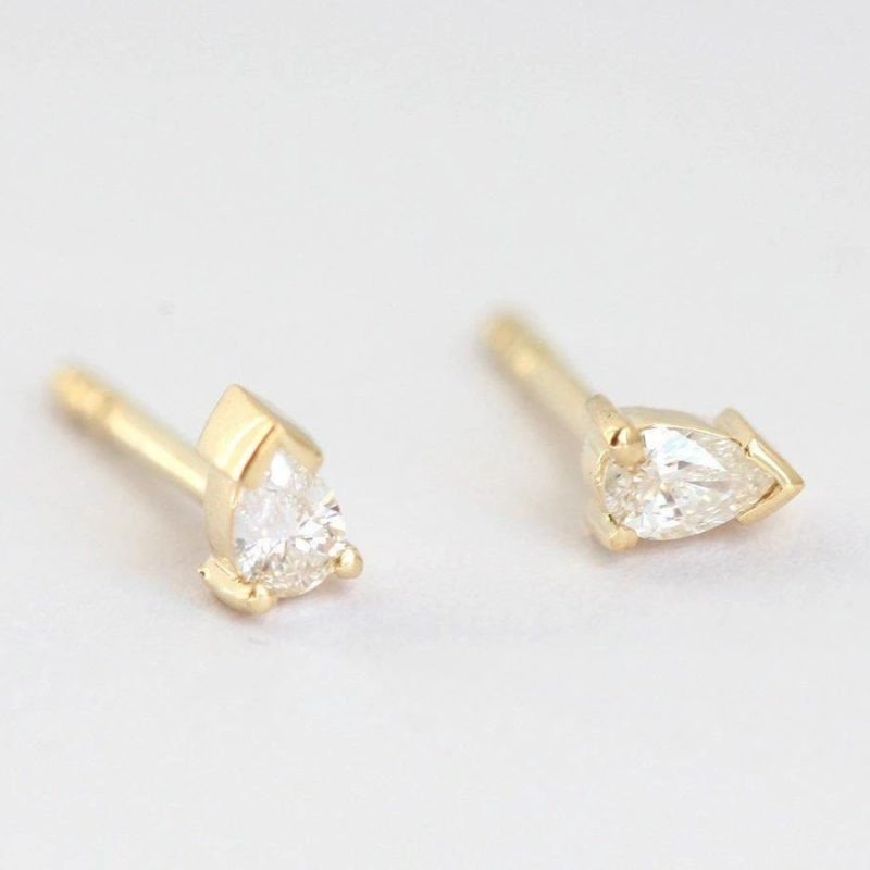 Diamond-Studs-Earrings