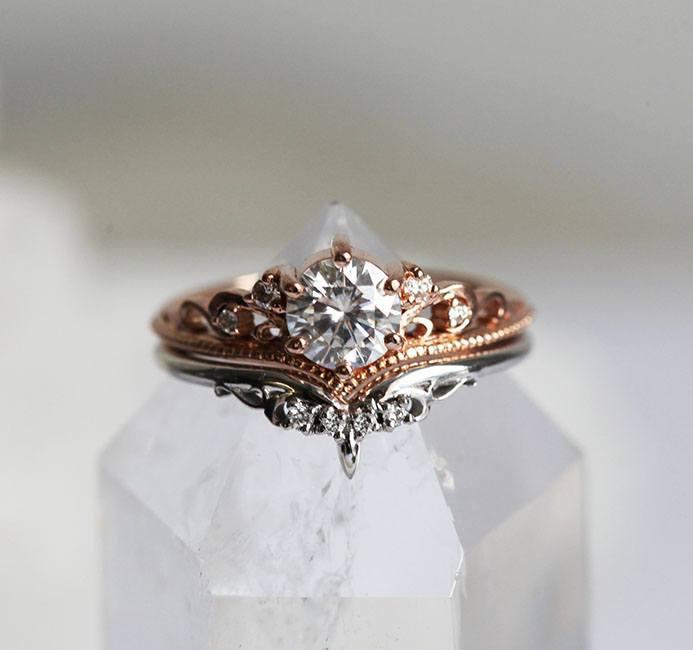 Bella-Moissanite-Enagement-Ring-Set
