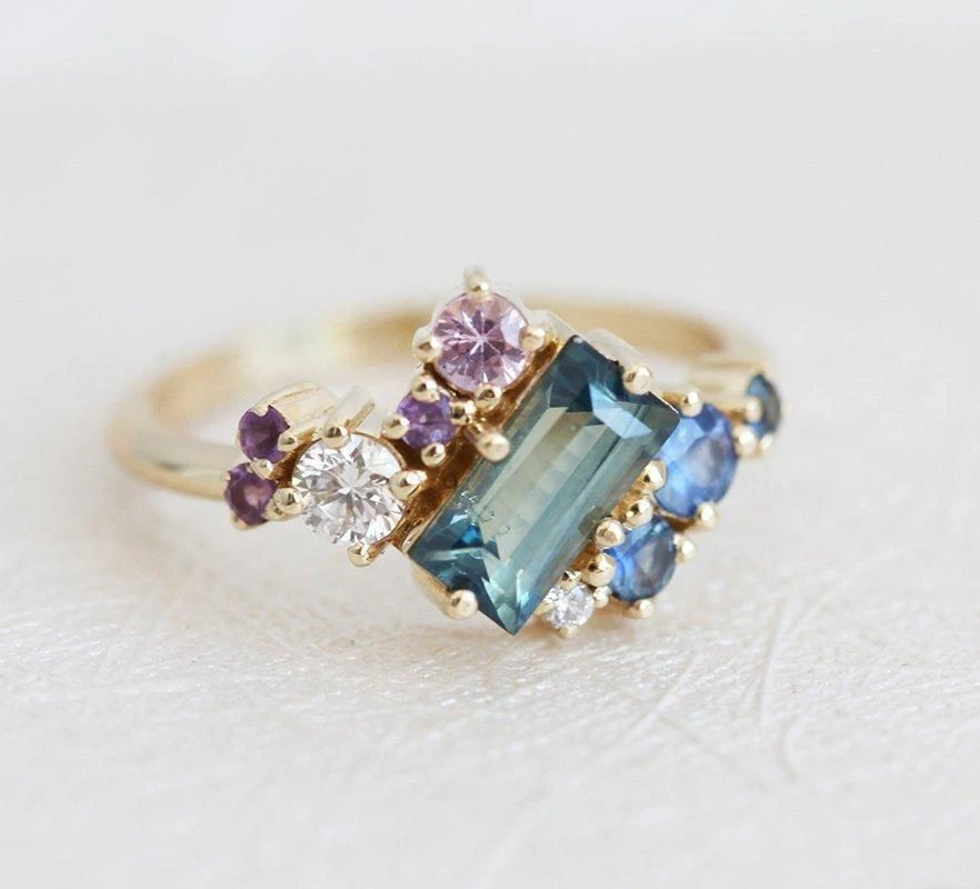 Baguette-Sapphire-Cluster