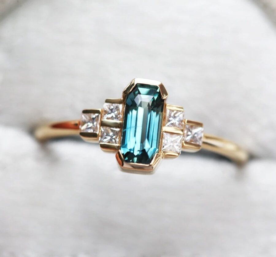 Baguette-Sapphire-Ring