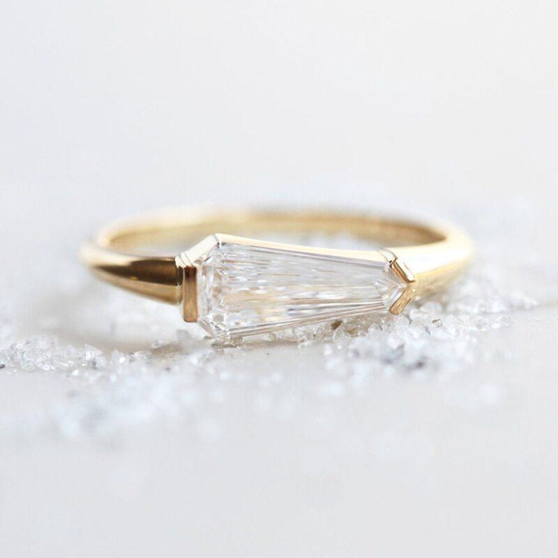 geometric-kite-diamond-ring