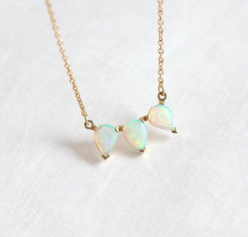gold-opal-teardrop-necklace