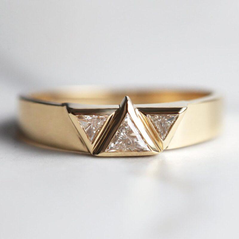 triangle-diamond-ring