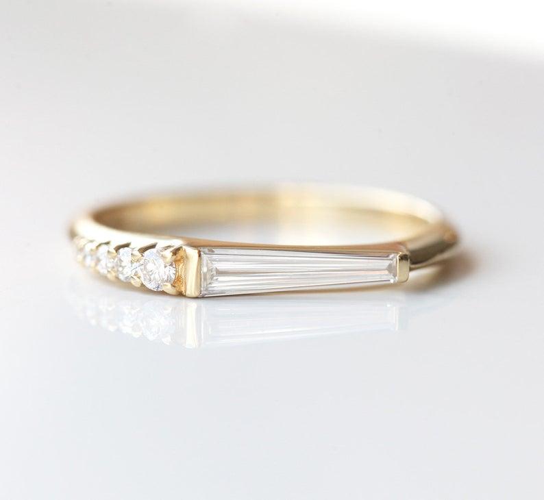 unique-tapered-baguette-diamond-ring